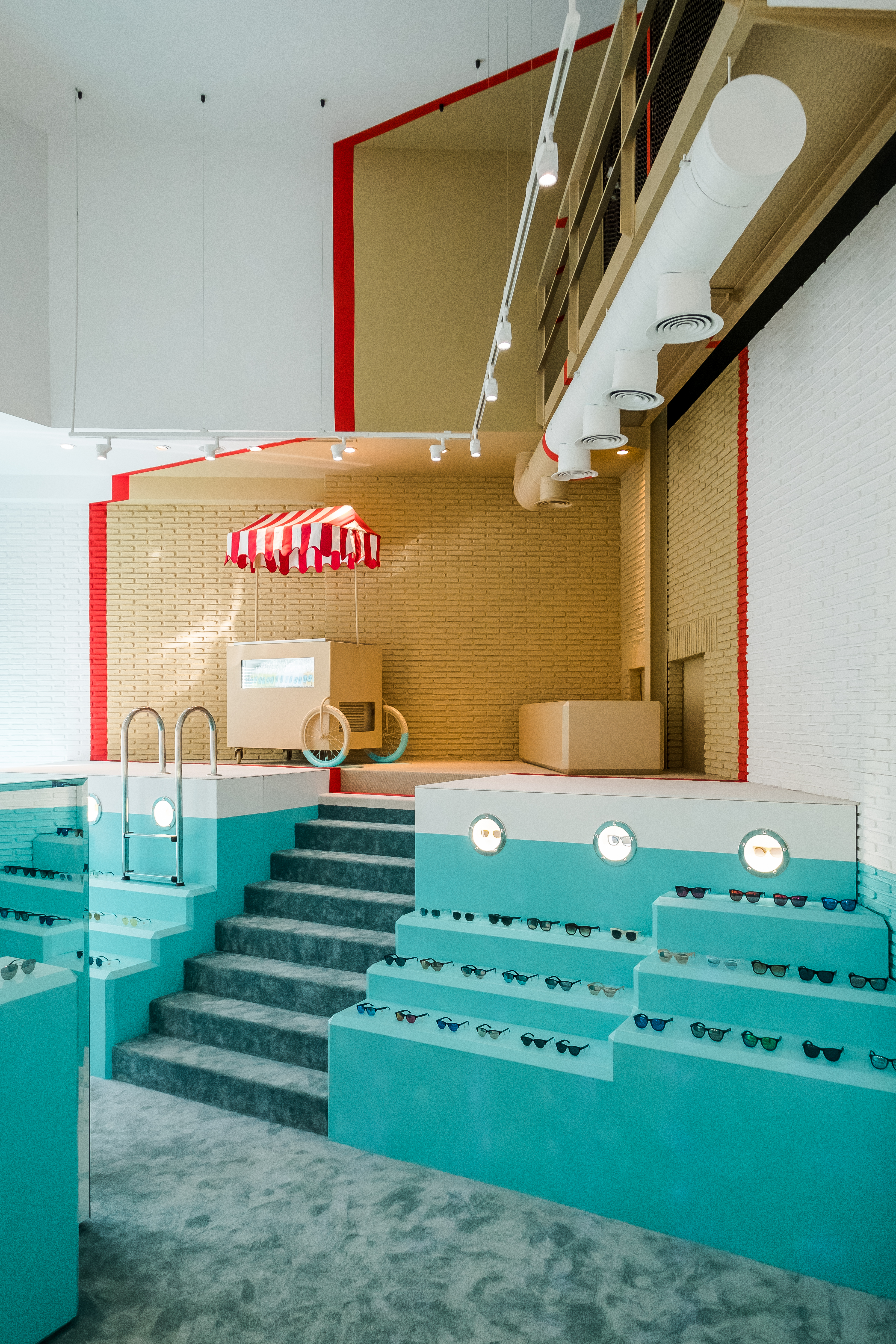 hawkers-madrid-lasrozasvillage_davidgarmen-038